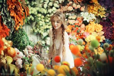 Phoebe III ( in Flowerland ) by justJAZZ