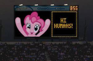 Hi Pinkie by snakeman1992