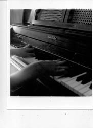 Piano fingers by MurasakiHana