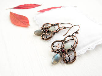 Autumn Hunting - wire earrings by UrsulaJewelry