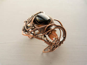Wire copper bracelet  Thistle by UrsulaJewelry