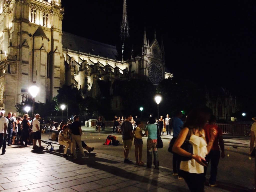 Paris008 by lanartri