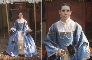 Spanish Renaissance gown by sakurafairy