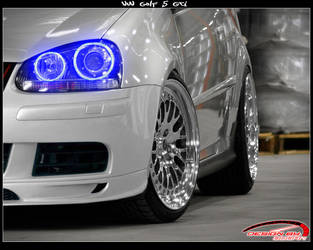 VW Golf V by Boban031