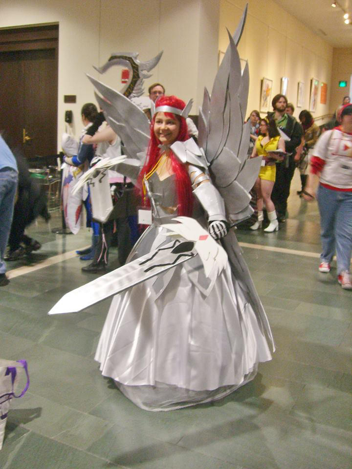 Erza Scarlet Heaven S Wheel Armor Cosplay 3 By Mauralucky7 On Deviantart