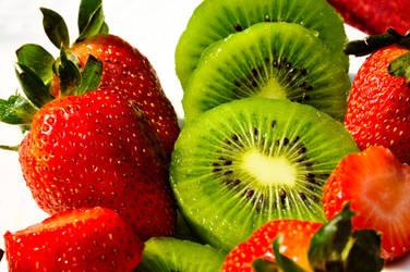 Strawberries Kiwis II by Hyb666