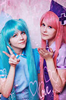Miku Hatsune and  Luka Megurine by Maknae15