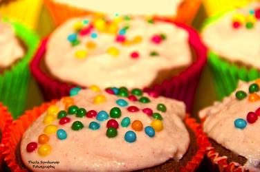 Cupcakes by VanessaTSLarsen