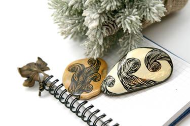 Selling: Ornament by Atanata