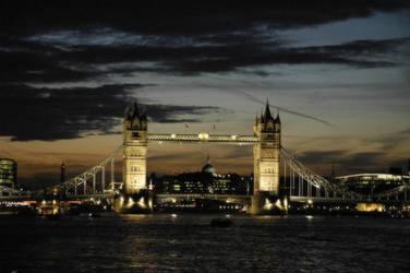 Tower Bridge, Lonon by kevinbishop