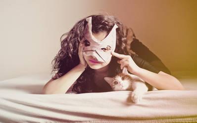 Cat woman. by jojobatanesi