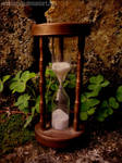 60. Hourglass by neurolepsia