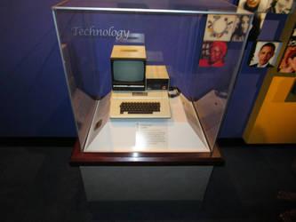 1980s Mac computer by AgnosticDragon