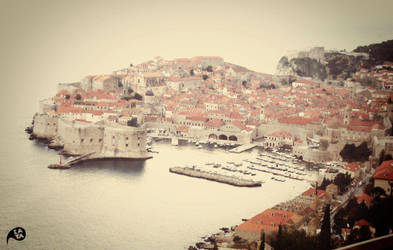 Dubrovnik in the morning by kaya01