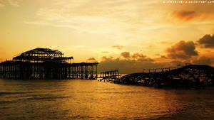 .west.pier.sunset. by x-aimzRAWR-x