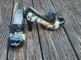 Trafalgar Law heels - 1 by Kira-Kat