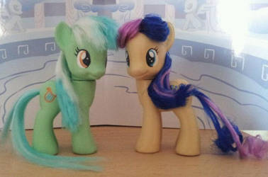Lyra and BonBon - Custom Made by CelestPapermoon