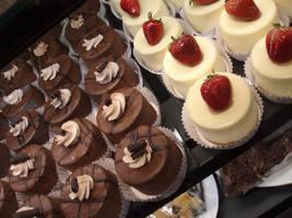 Yum Mini Cakes by DarkAnglez