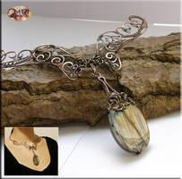 Ninurta 2- wire wrapped necklace by mea00