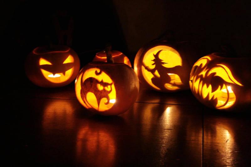 Halloween Pumpkins by bartoszf