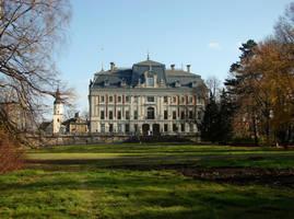 Autumn Pszczyna - Palace by KSnake