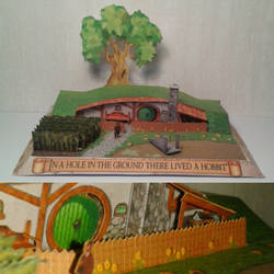 Hobbit hole diorama papercraft by minidelirium