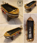 Boat-shaped log planter by MattiaTegonCreations