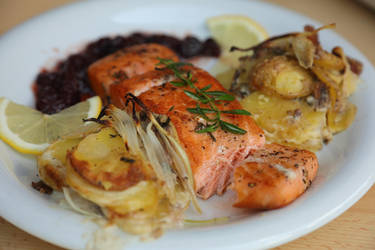 Red Salmon with Janssons Frestelse and Cranberry by HoremWeb