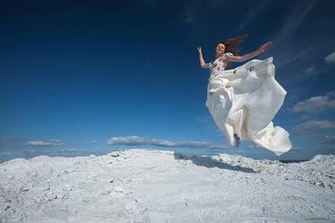 Bride flight by Dusaleev