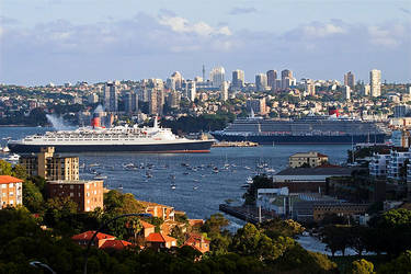 QE2 meets QV in Sydney by mfunnell