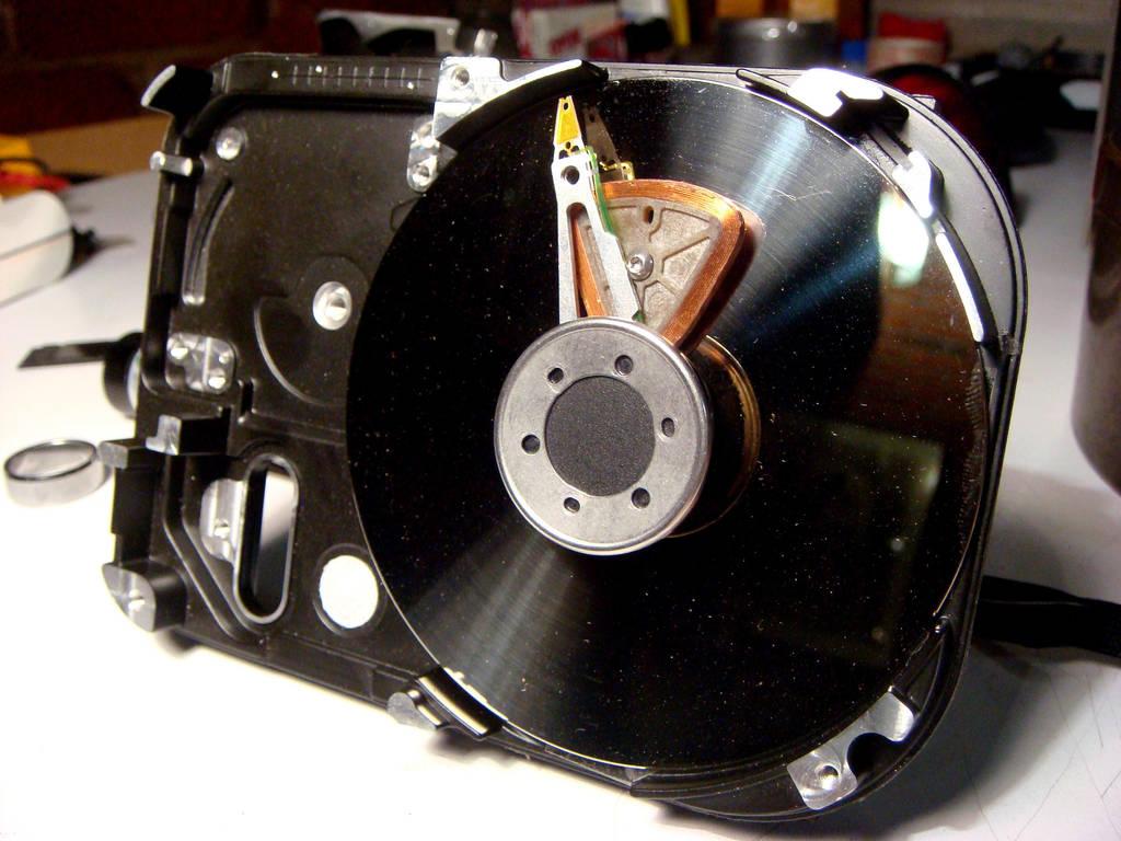 HDD Clock 3 by ix5