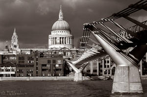 St. Paul's Cathedral by Talkingdrum