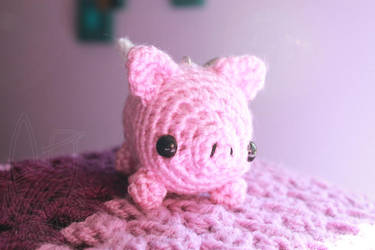 Mini Flying Pig ~ for sale on Etsy by theyarnbunny
