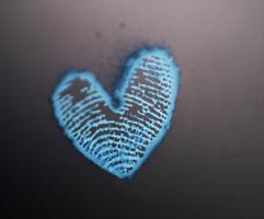 Leaving fingerprints on my heart by mychemforever