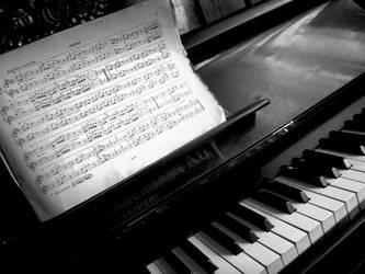 Piano by alXana