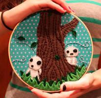 Tree spirit embroidery hoop by loveandasandwich