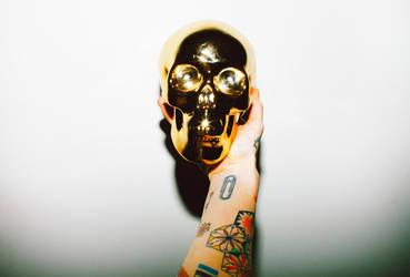 skull by arazugur