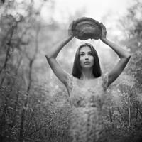 Mushroom_Queen by anticuus