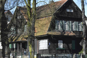 old house in szczecin by OdiJahry