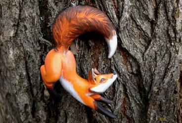 Leaping Fox Pendant by Gatobob