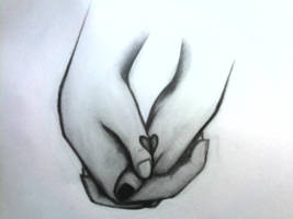 Holding On to a Heart by HeanaUziko