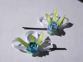 Mini Rose clip by bloodtsunami