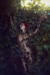 Lilith by dihaze