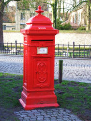 bruges post box by ERNIE99UK