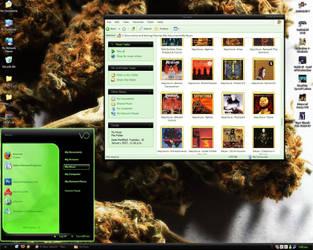 My Desktop by Us3My3rdArm