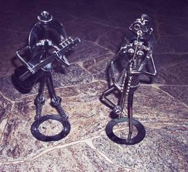 Screw figurines by deeabc