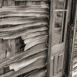 Weathered wood... by aakoran