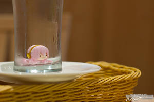 Lonely Tako in a Glass by nutcase23
