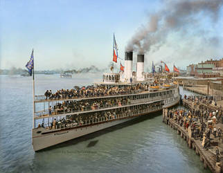 Sidewheeler Tashmoo leaving wharf in Detroit, 1901 by Mygrapefruit