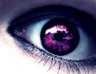 Lost in her eyes. by Lenesan